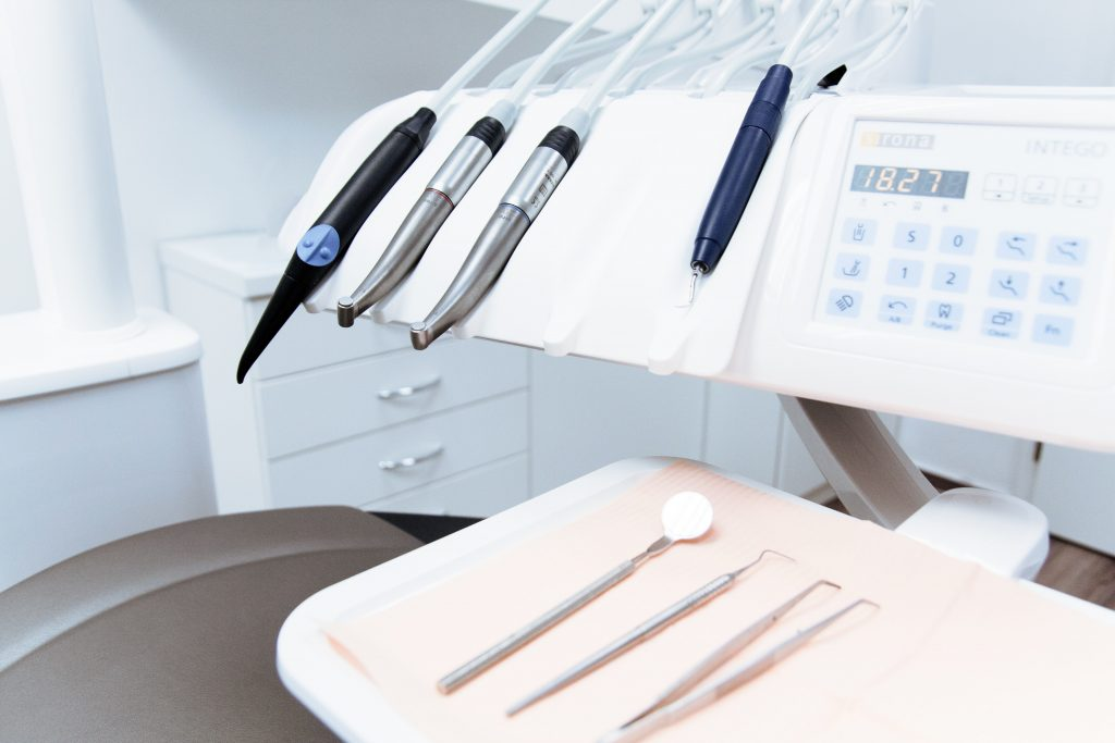 Cosmetic Dentistry Tools in Independence KY